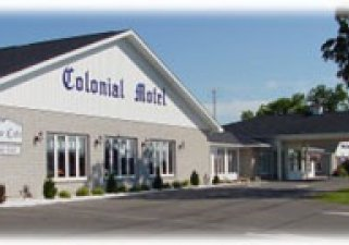 Colonial Motel and Antiques