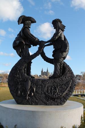 Parc Rotary Champlain Wendat Park
