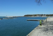 Port Elgin's Empty Harbour